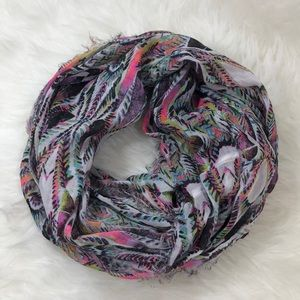 American Eagle Outfitter Infinity Scarf Pink Blue